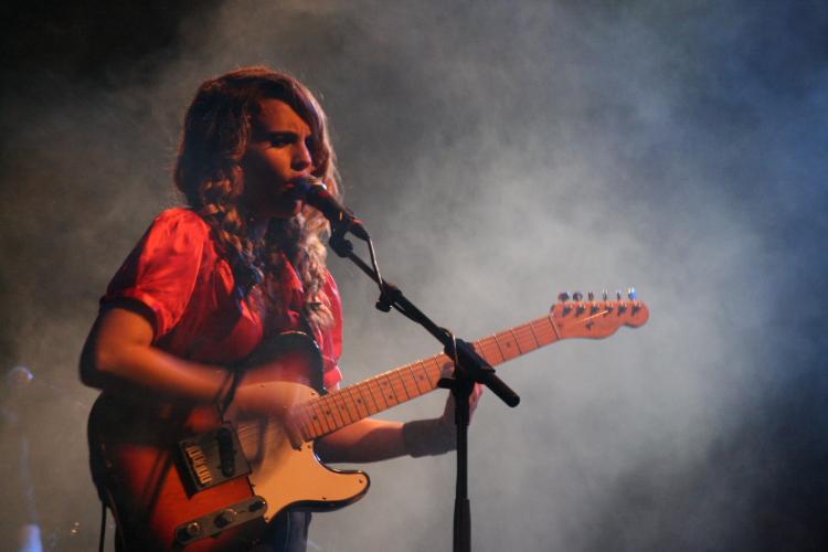 11 ANNA CALVI   in concerto a Milano