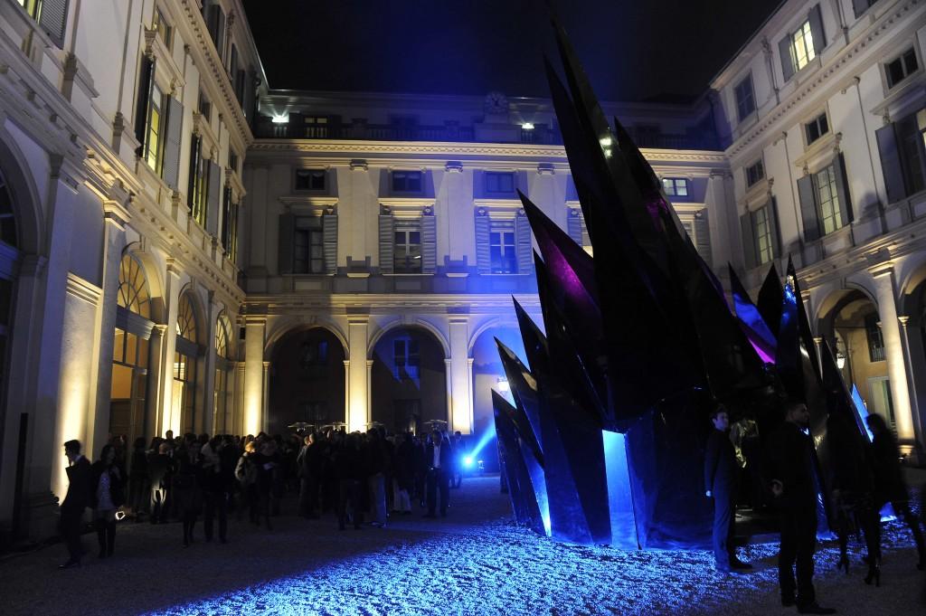 Ma Yansong installation at Palazzo Serbelloni 1024x681 VERTU illumina Milano