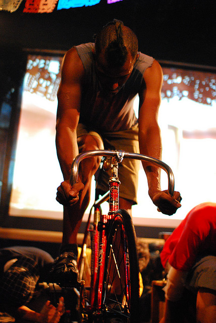 2 BICYCLE FILM FESTIVAL   cinema, musica ma soprattutto due ruote