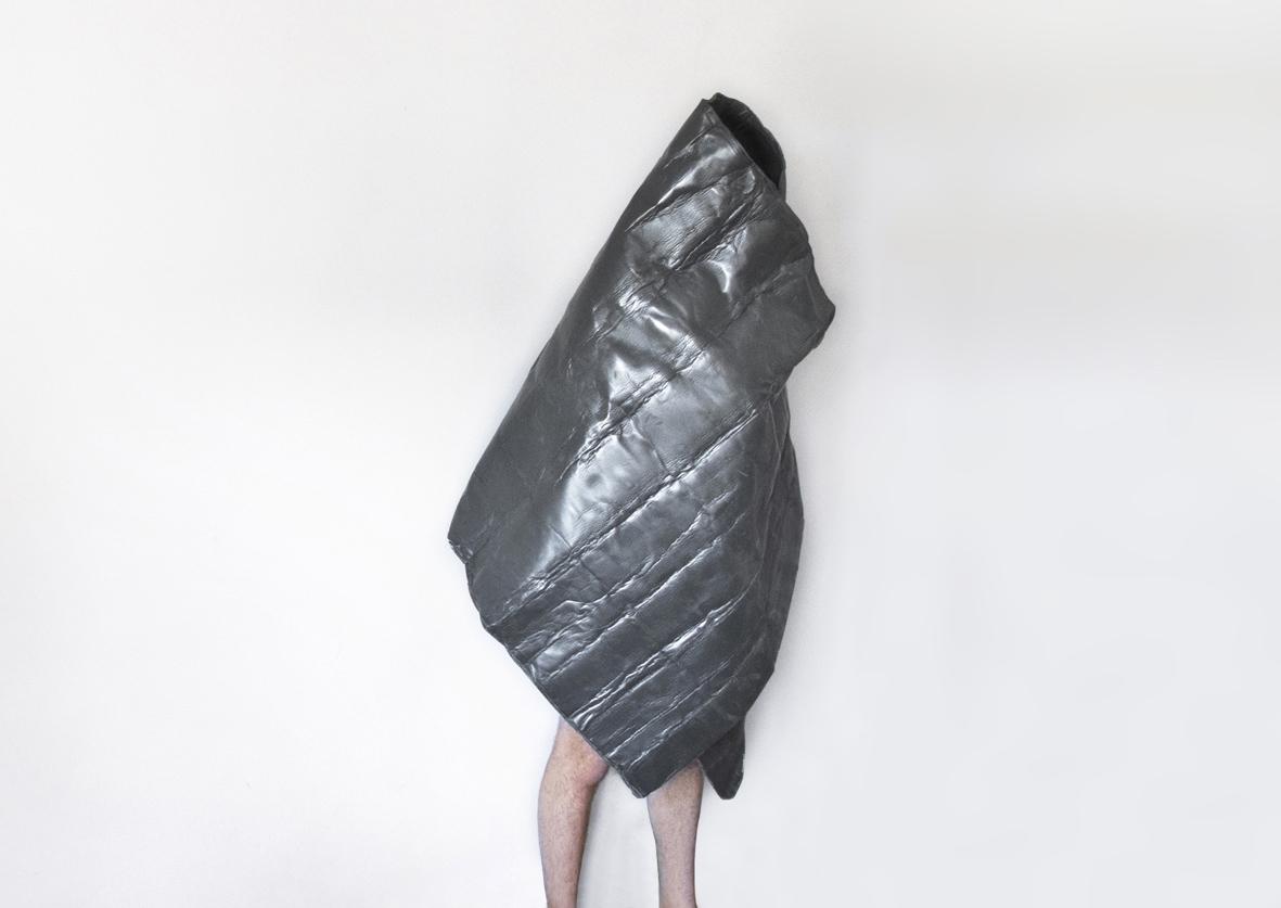 Gabriele Garavaglia Invisibility cloak 2011 GABRIELE GARAVAGLIA   arte come forma di servizio