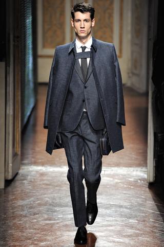 00280m VALENTINO   la Couture maschile debutta a Pitti