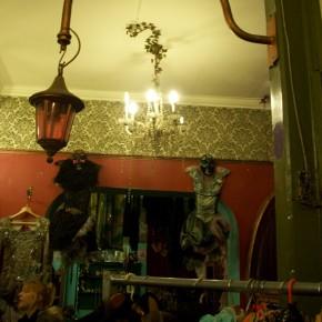 4 290x290 PRANGSTA   Boudoir themed showroom