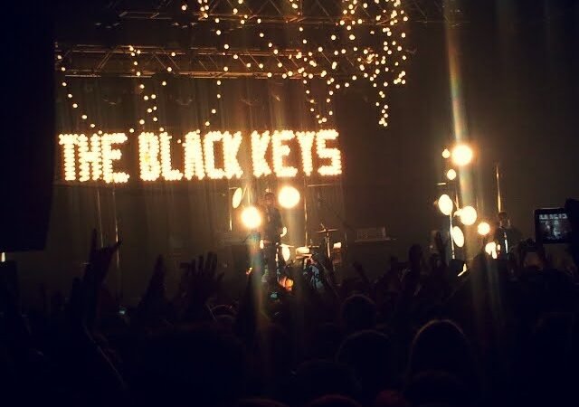 THE BLACK KEYS - sold out per El Camino  1