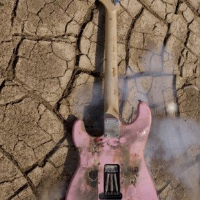 IVAN LEON CERULLO – photographic expreriments of guitar destruction