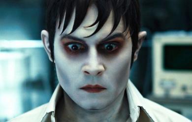 110474 1 390x300 DARK SHADOWS   un altro film sui vampiri