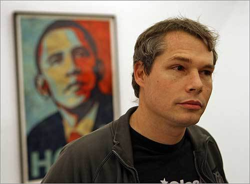 fairey1  1234193957 6935 SHEPARD FAIREY aka OBEY   in mostra a Milano