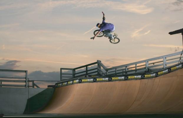 01 Barbero 621x400 ALEX BARBERO   BMX e acrobazie freestyle