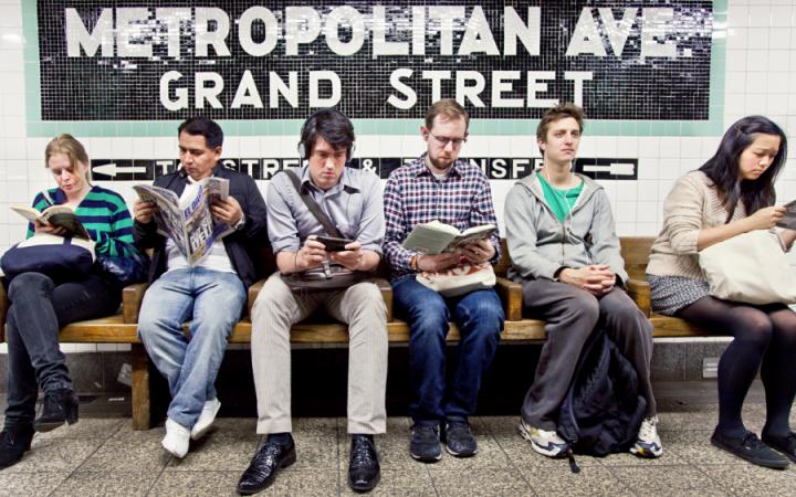 READING RIDERS - la biblioteca di NYC è in metropolitana 5