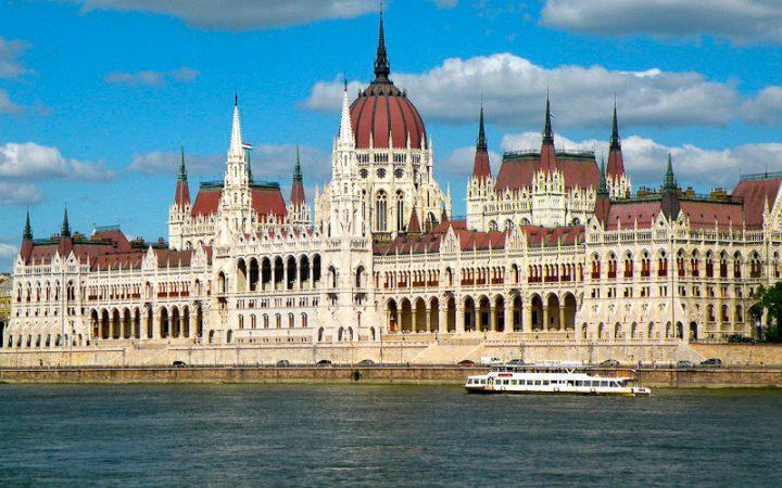 BUDAPEST - Danubio e Musica 3