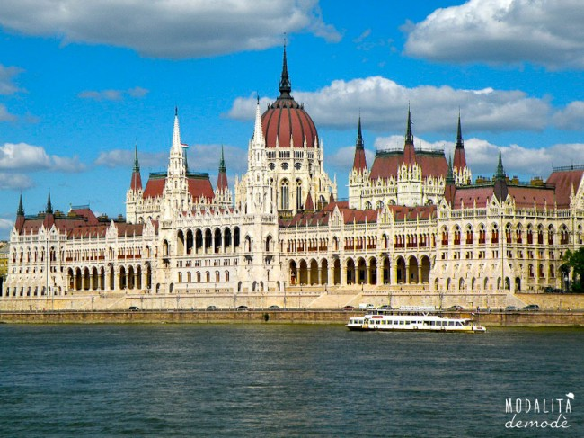buda parlamento e1344709613577 BUDAPEST   Danubio e Musica