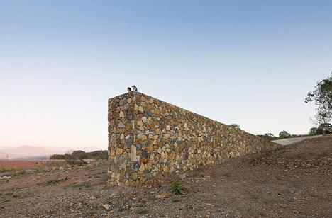 dezeen Lookout Point by Ai Wei Wei 3 BIENNALE VENEZIA 2012   Architettura condivisa