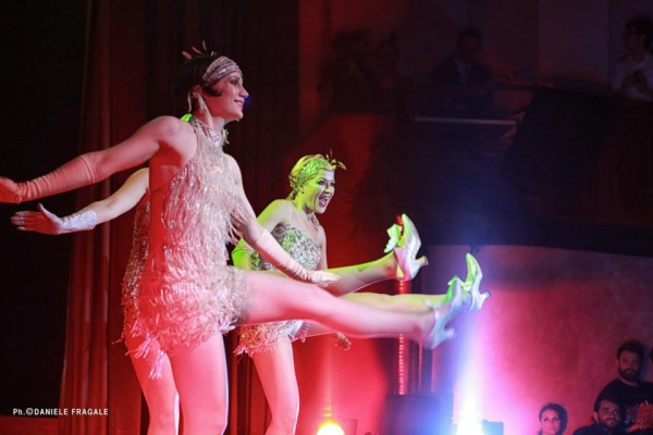 317310 2582851853428 2015430922 n 600x400 ROYAL BURLESQUE   Grand reopening