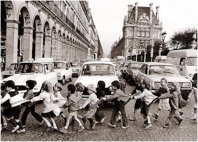 Doisneau Les tabliers de la rue de Rivoli LA PARIGI DI ROBERT DOISNEAU   in mostra a Roma e a Milano