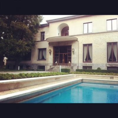 foto 400x400 IO SONO LAMORE   la Milano bene raccontata da un siciliano