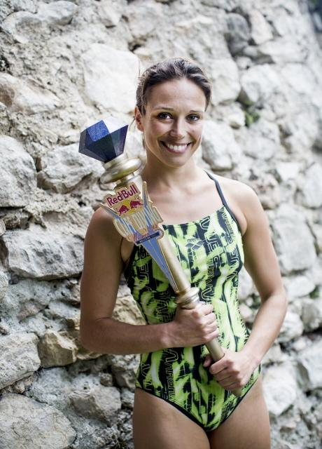 RBCD Malcesine 2013 Anna Bader8 CLIFF DIVING 2013   Red Bull ti mette le ali!