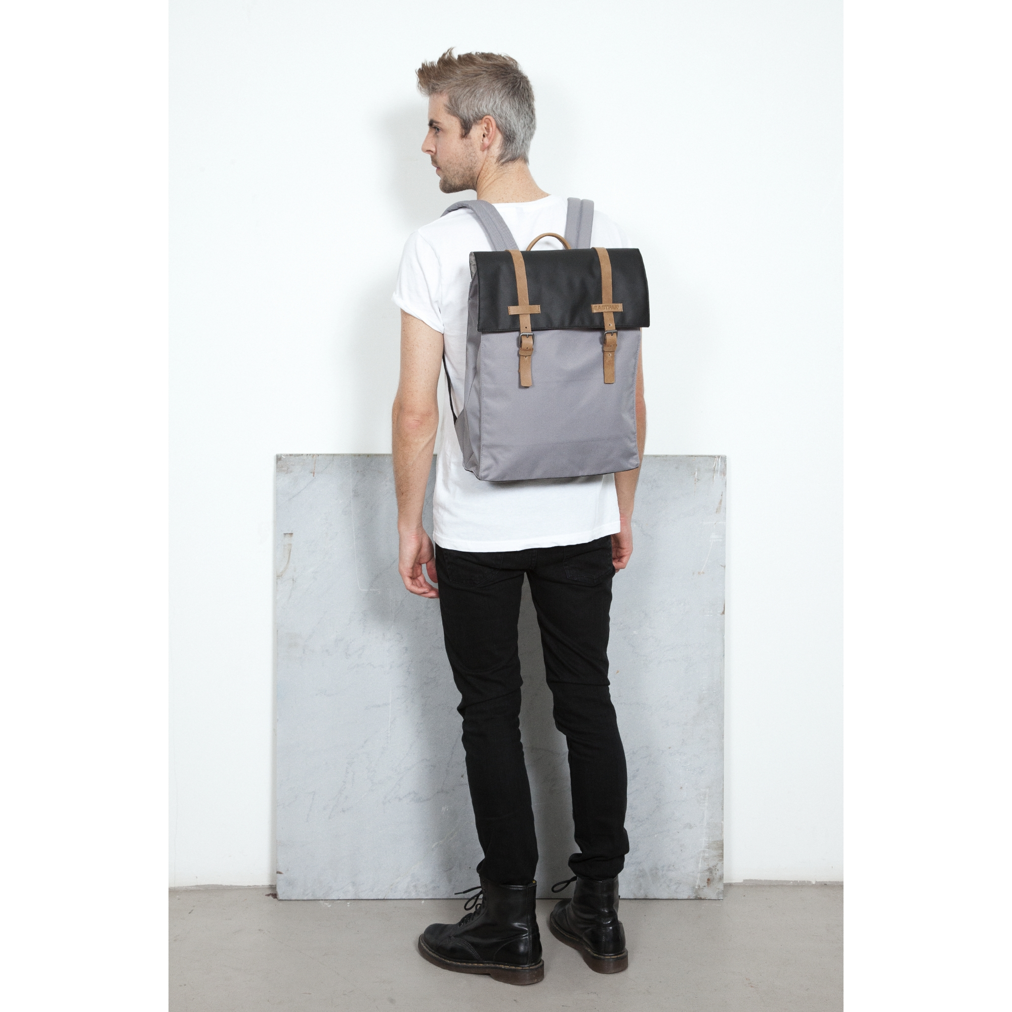 EK19A alt11 AMEN STUDIO   Capsule collection per Eastpak