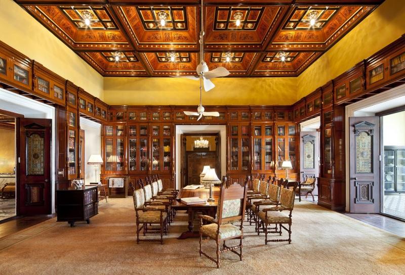 Taj Falaknuma Palace Library e1417517826393 Bibliothèque hotel