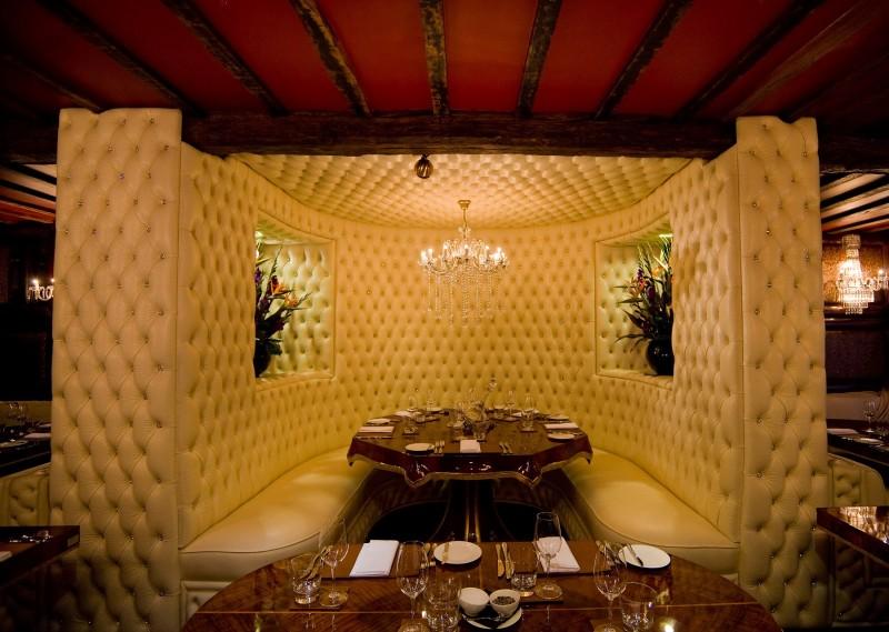 Crazy Bear Beaconsfield English Restaurant e1423153425242 Weekend hot per SAN VALENTINO