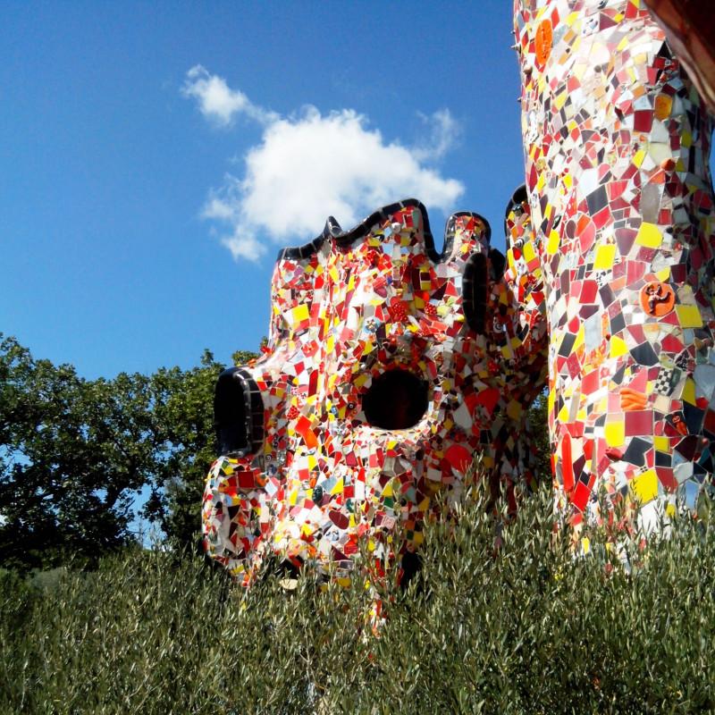 Il giardino dei tarocchi niki de saint phalle - Capalbio giardino dei tarocchi ...