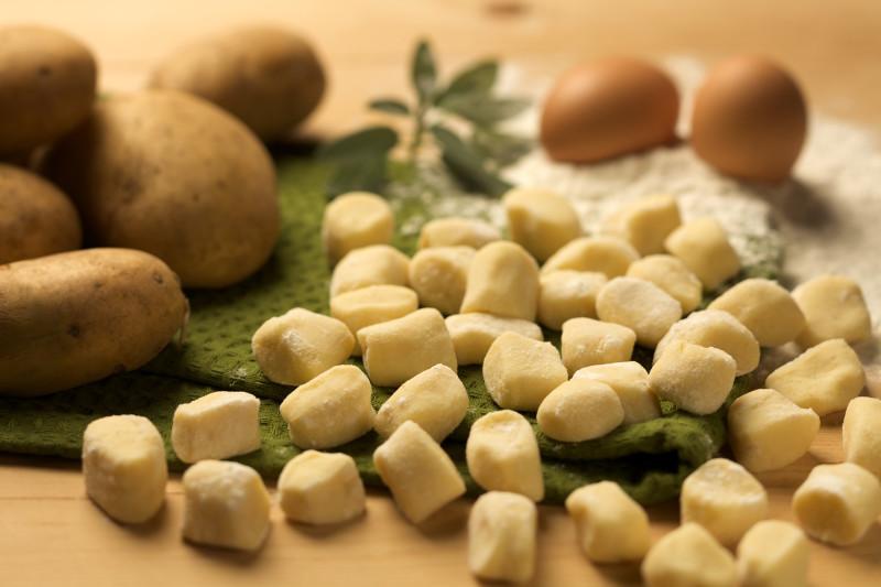 Gnocchi patate e1457083675615 GNOCCHERIA IL PASTO GIUSTO