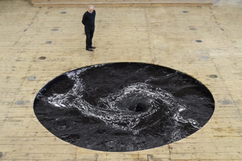 anish kapoor descension galleria continua san gimignano 08 k0qE 3543x2364@Living e1462790387936 CINEMA & ARTI