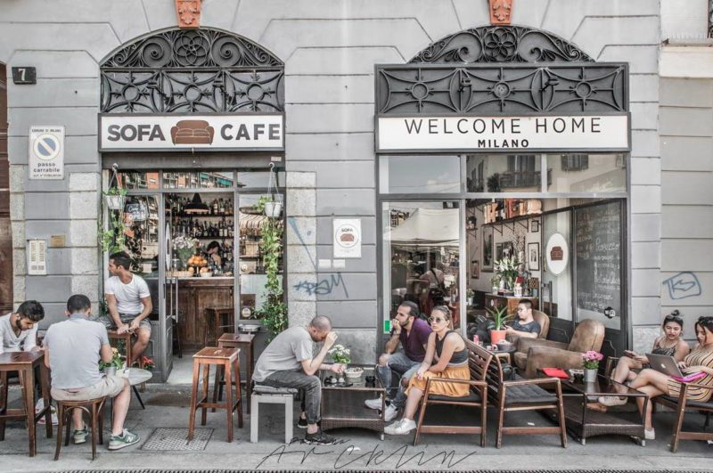 sofa cafe navigli e1498405566746 COWORKING MILANO