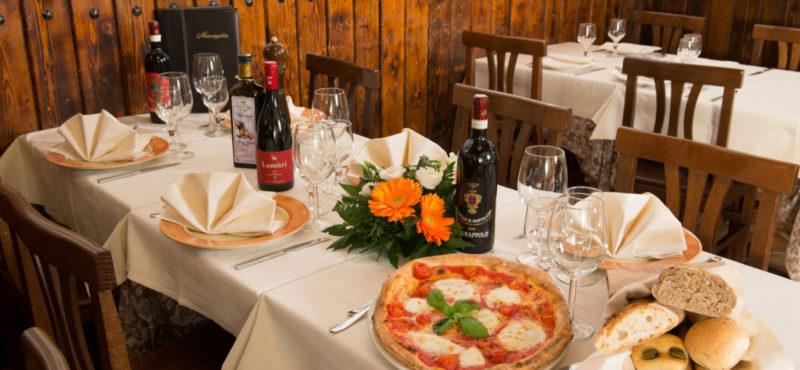 maruzzella 101 2 1500x694 e1509322230794 DOVE MANGIARE LA PIZZA A MILANO