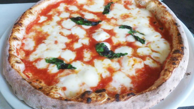 Dove mangiare la pizza a milano vecchie guardie e nuove leve - Pizzeria milano porta romana ...