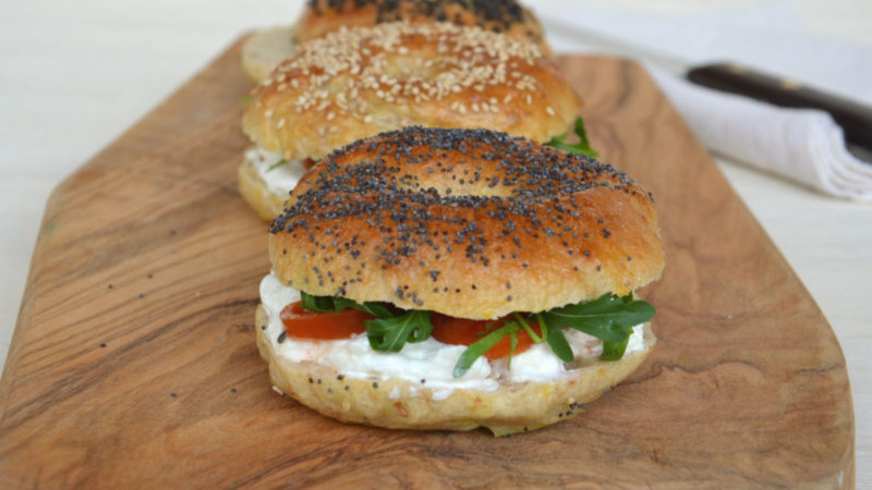bagel stracciatella pomodorini rucola orizz e1510518483583 Fuel Food Is Energy