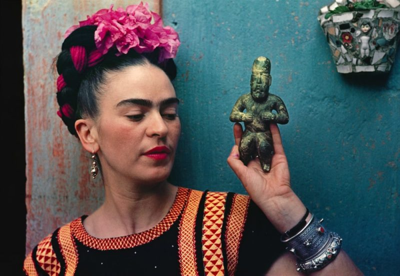 NYBG Frida Kahlo figurine photo by Nickolas Muray e1514889384511 LARTE CHE CI ASPETTA NEL 2018