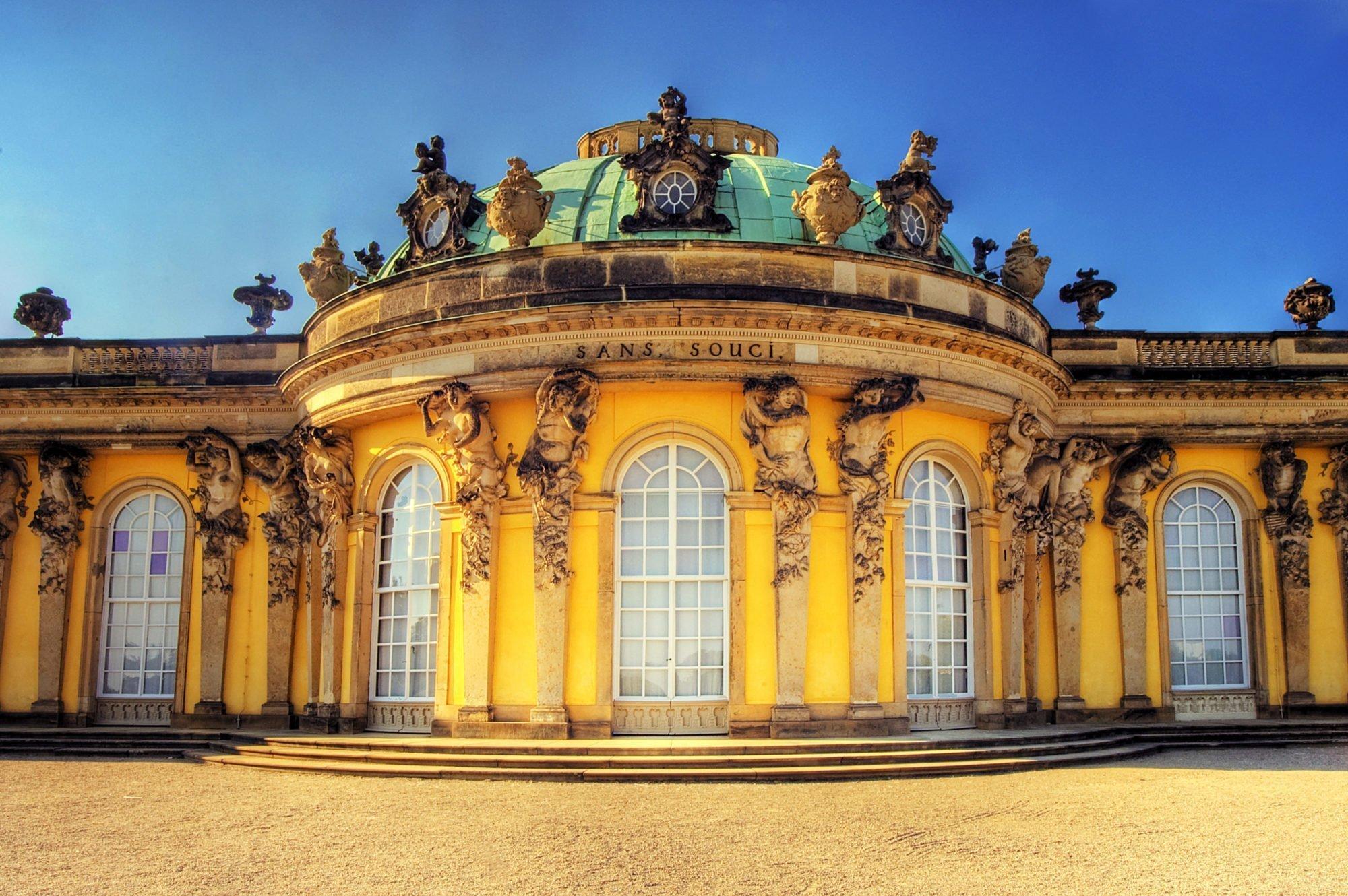Sanssouci.Palace.original.2438 e1535545227327 Architettura, lusso e sangue blu