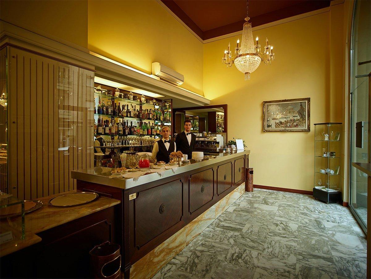 Caffe Pasticceria Cucchi milano©.pasticceriacucchi.it  CAFFE STORICI MILANO