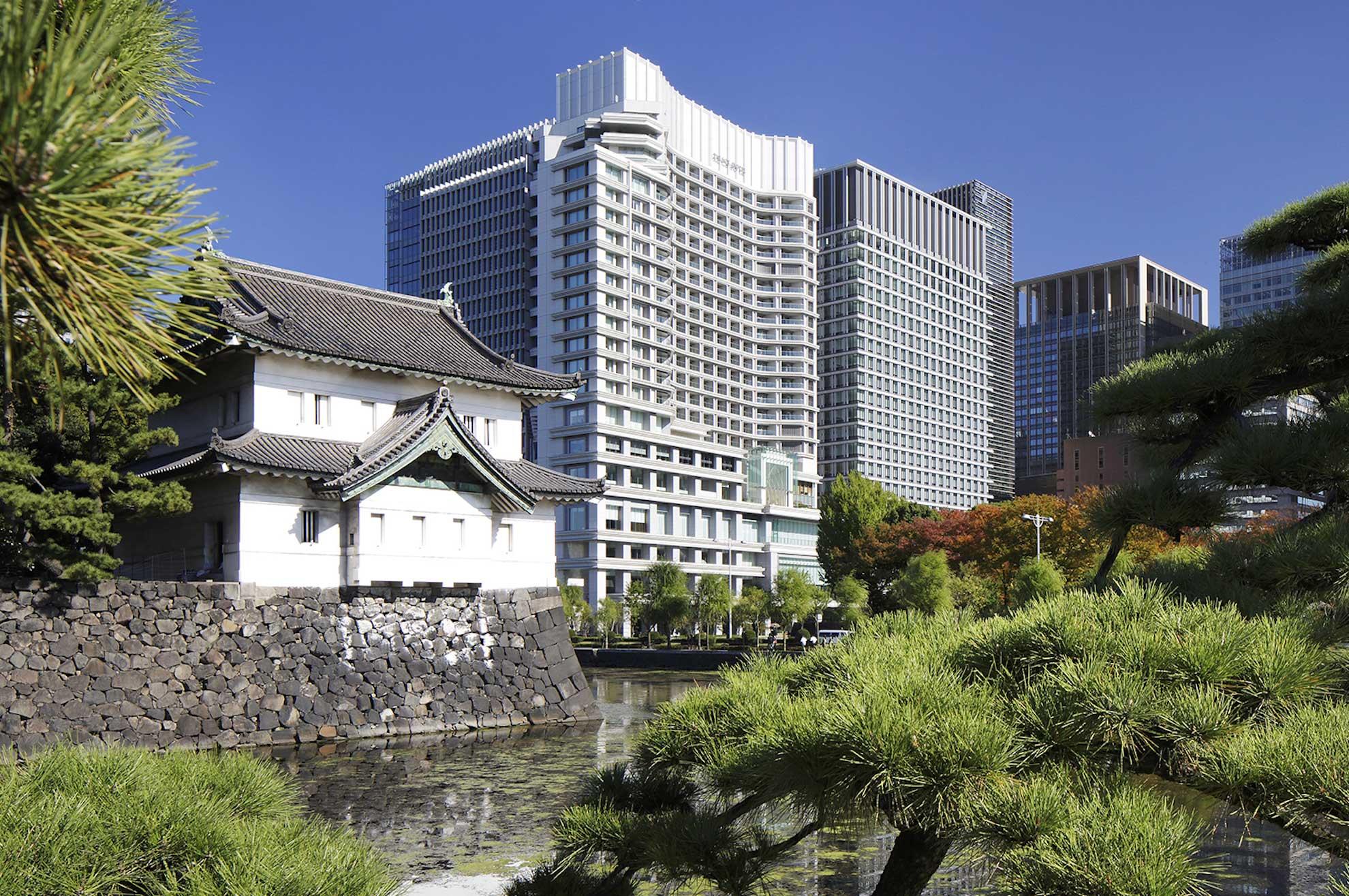 Palace Hotel Tokyo Exterior with Tatsumi Watchtower III F2 1 ART HOTEL NEL MONDO