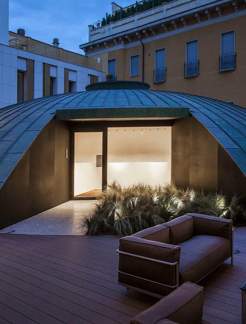 24 CASSINA SHOWROOM MILANO cupola outdoor area 820x1080 OPEN HOUSE MILANO 2019