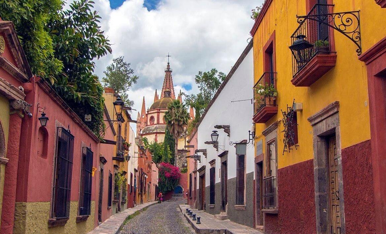 Tequisquiapan street e1556885423823 1170x708 VAMOS À MEXICO