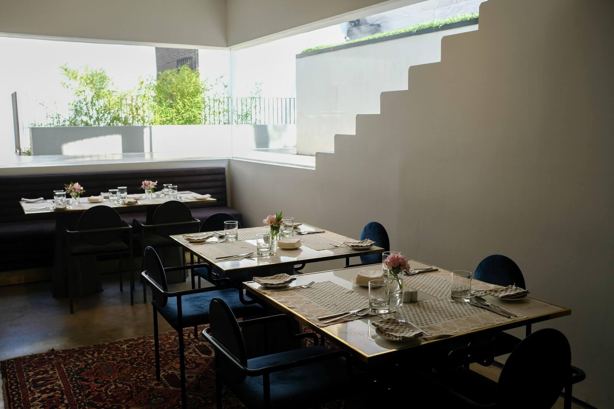 Teheran Hanna Restaurant 2 compressor 3 giorni a Teheran