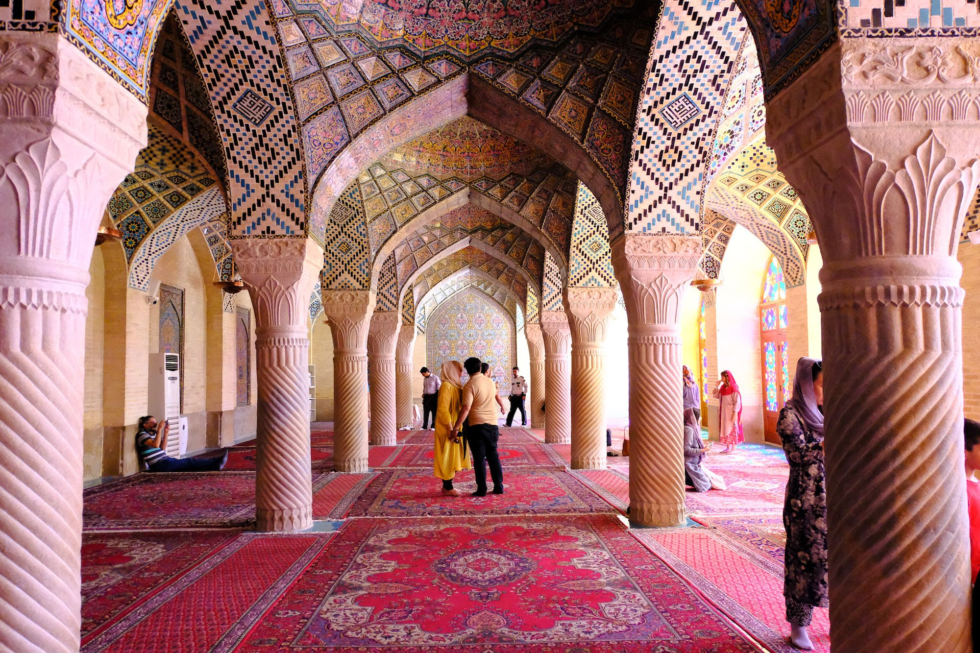 Shiraz Moschea Rosa 2 compressor IRAN ON THE ROAD