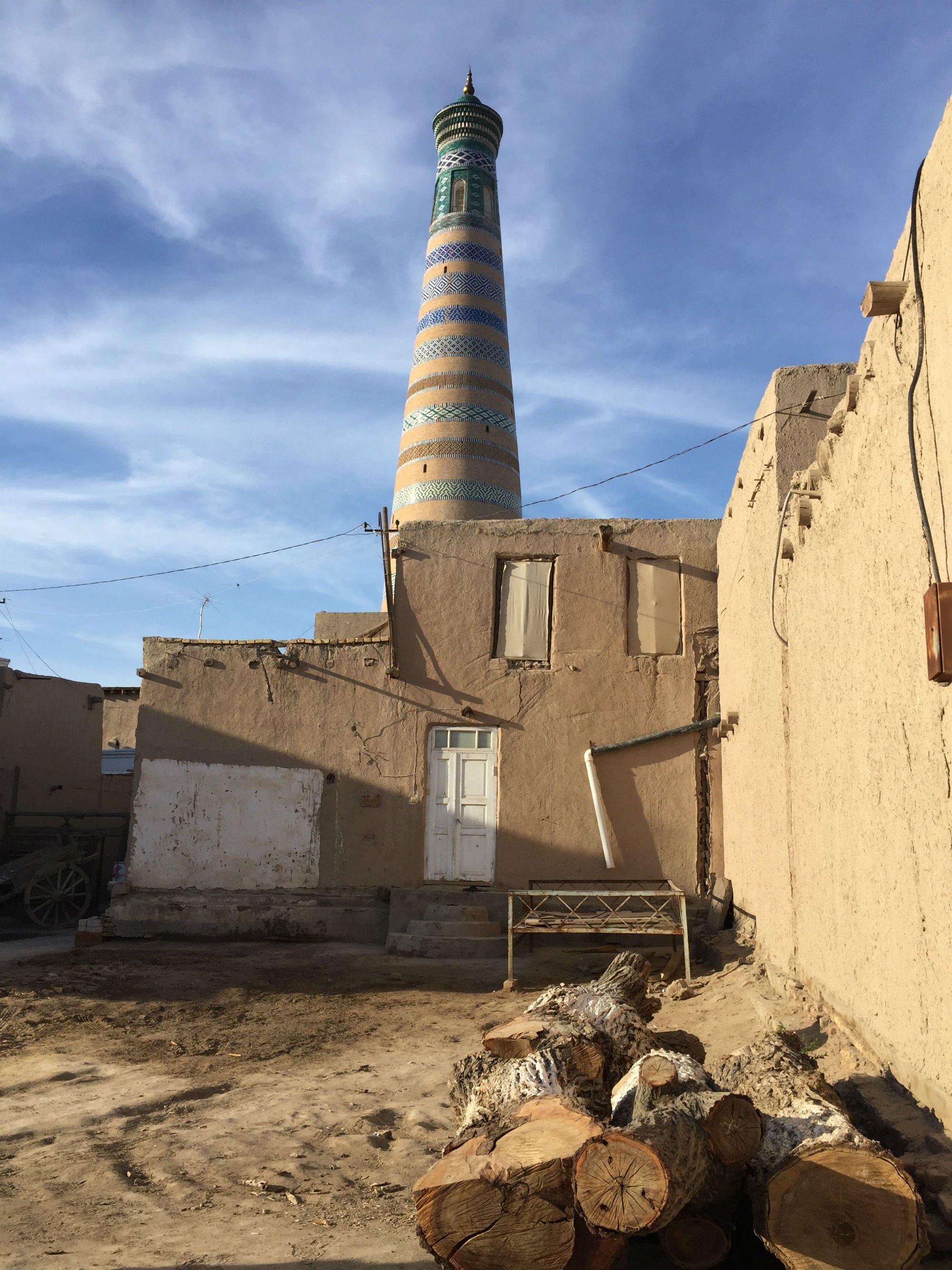 UZBEKISTAN Khiva stradine VIAGGIO IN UZBEKISTAN