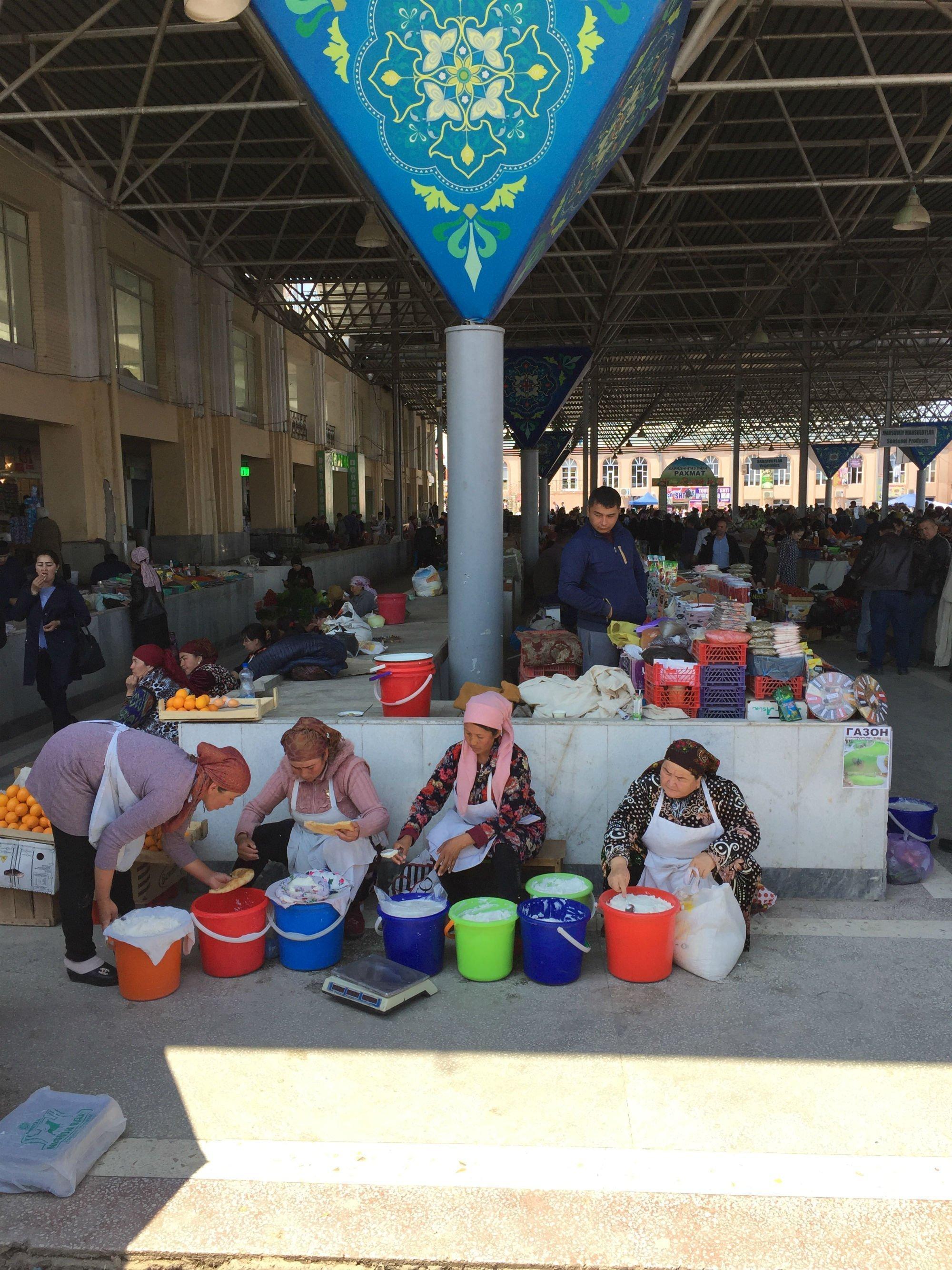 UZBEKISTAN Samarcanda Siyob bazaar2 VIAGGIO IN UZBEKISTAN