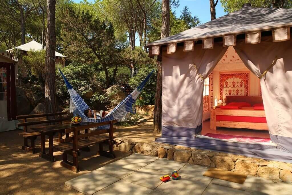 Bungalow campeggio porto sosalinos sos alinos sardegna spiaggia tenda indiana 1024x683 1 PASSIONE GLAMPING