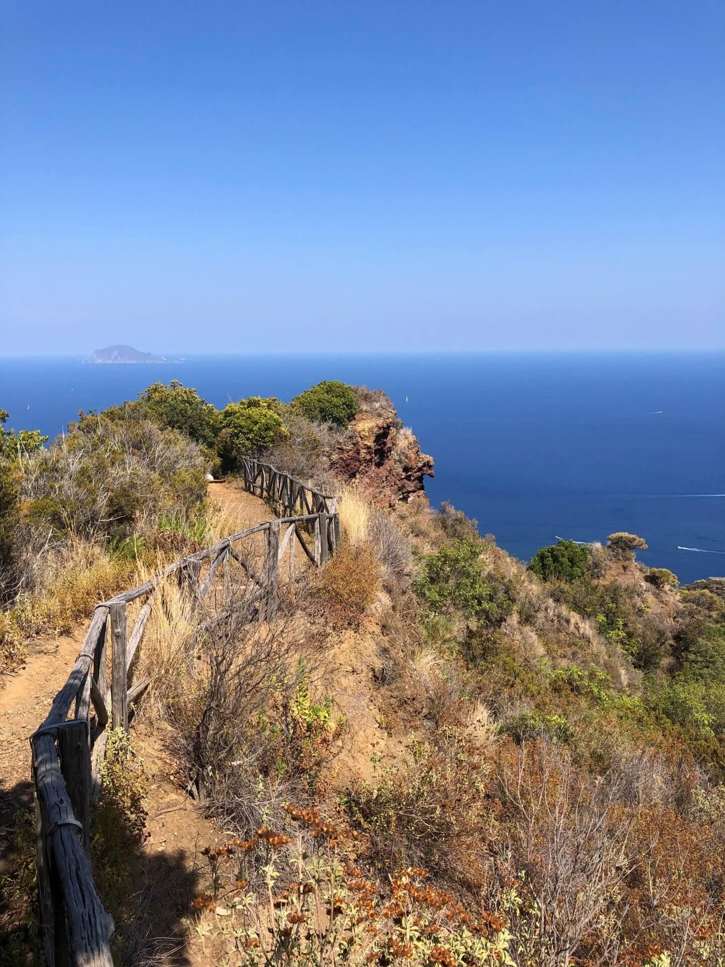 Salina Monte Fossa delle Felci 3 ALLA SCOPERTA DI SALINA